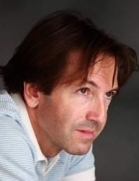 Dr. D. Fernando Gil Villa. Catedrático de Sociología, USAL